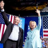 Clinton and Kaine debut as Democratic ticket in Florida
