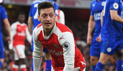 Premier League: Özil: Talente in England besser fördern