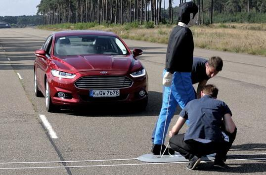 Ford's next cars will brake by themselves to avoid collisions