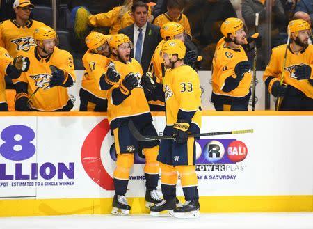e96a37ac099 NHL roundup: Predators beat Blackhawks to win division crown