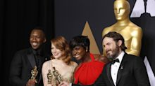 Oscars 2017: Casey Affleck, Emma Stone, Natalie Portman and Samuel L Jackson read out trolls' abuse of them during Academy Awards