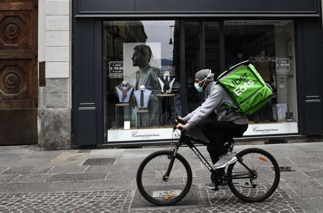 Uber Eats waives delivery fees for over 100,000 independent restaurants