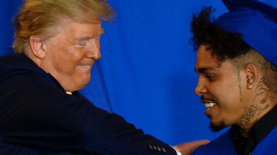 Trump overturns an Obama-era student loan rule
