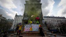 """Los """"chalecos amarillos"""" causaron daños a empresas por 320 millones de euros"""
