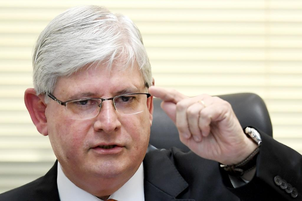 """Brazil's top prosecutor Rodrigo Janot, who brought the corruption charge against Temer, insists there is """"massive evidence"""" against the president (AFP Photo/EVARISTO SA)"""