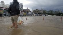 Typhoon pummels South Korea, ship missing in rough waters