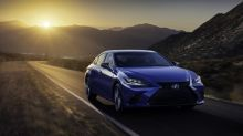 Lexus ES gets a tech-focused mid-cycle update for the 2022 model year