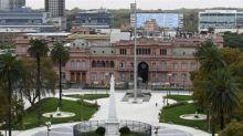 """Empresarios argentinos piden """"esfuerzo final"""" a acreedores para acuerdo de deuda"""