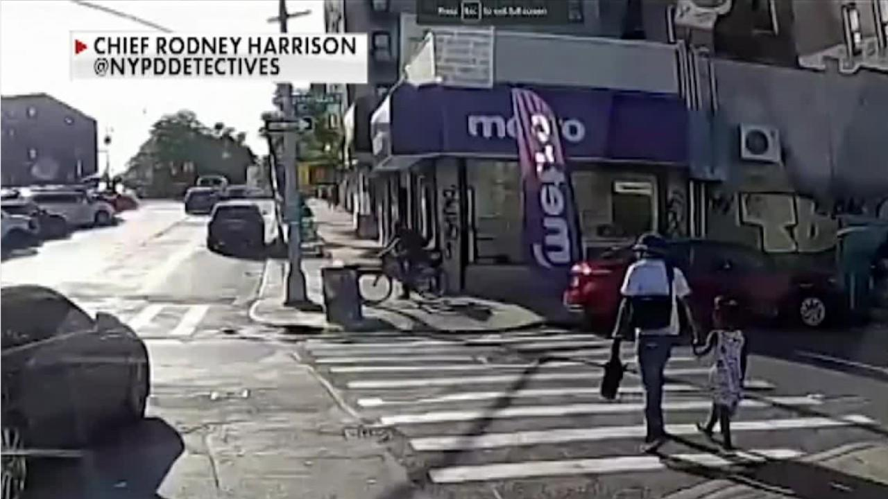 WATCH: New York father walking with daughter is shot in broad daylight Video