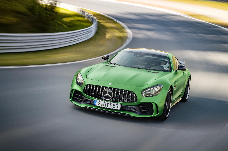 The Mercedes-AMG GT-R sets Nürburgring record