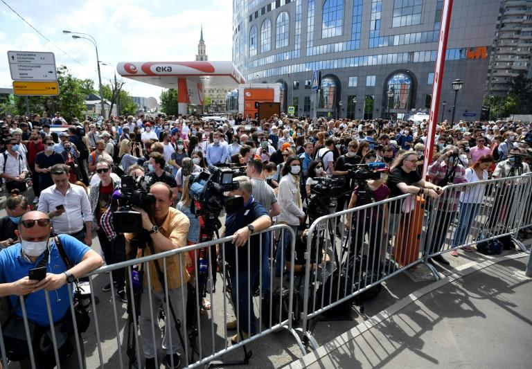 Only a small number were allowed into the courtroom but hundreds of supporters gathered outside (AFP Photo/Alexander NEMENOV)