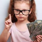 10 Signs Your Kid Could Be the Next Warren Buffett