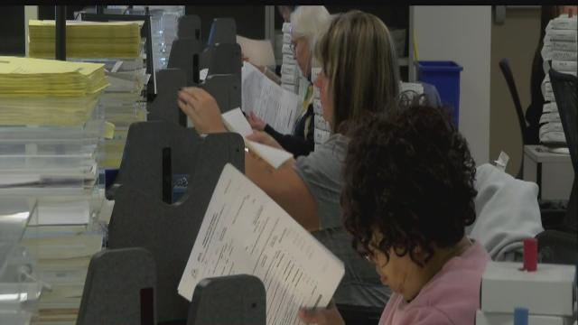 Hundreds of Hoosiers victims of tax refund theft in 2012