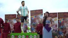 Una torta gigante en Rusia por el cumpleaños de Messi