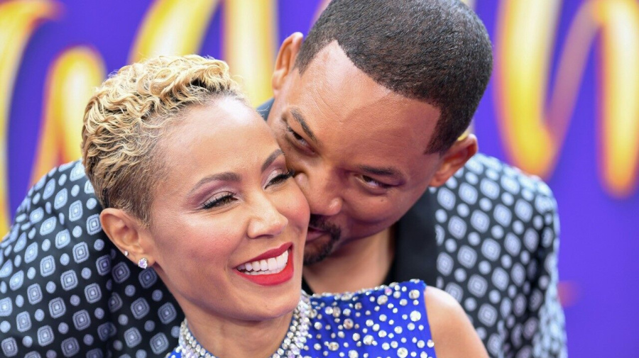 Will Smith and Jada Pinkett Smith Pack on the PDA at 'Aladdin' Premiere in Los Angeles