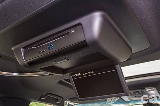 為服務後座而生,怎麼開都舒適 Toyota Alphard小改試駕