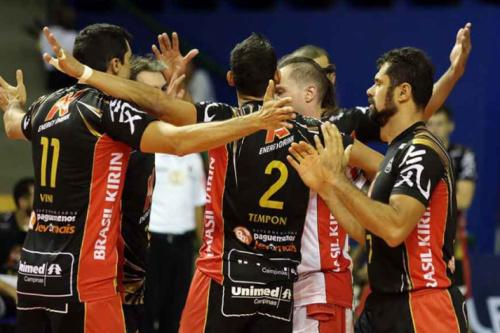 Jogadores do Vôlei Brasil Kirin acreditam em semifinal equilibrada