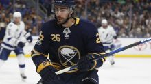 Ex-Sabre Matt Moulson returns to Hershey on one-year AHL contract