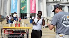 Scorching Temperatures Spoil Fall For Americans As Summer Weather Lingers