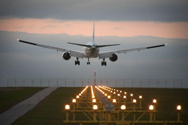New FAA system can track twice as many flights at once