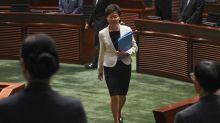 China quiere reemplazar a la jefa del Ejecutivo de Hong Kong, según el Financial Times