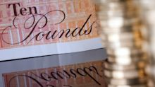 Foggy Brexit Leads Top Wealth Fund to Avoid Chasing Pound Rally