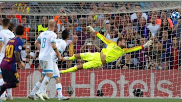 Messi opens Champions League with stunner