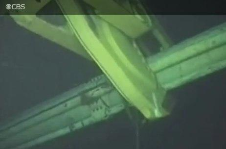 BP unleashes saw-wielding robots in an attempt to plug the leak (livestream)