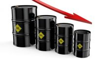 Crude Plunges with U.S. Supplies Up for 10th Straight Week