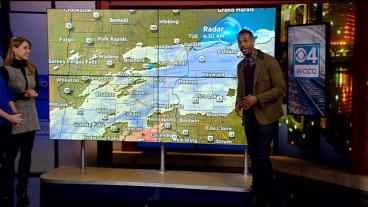 Marlon Wayans' Forecast: 'Not Cute Weather, Boo'
