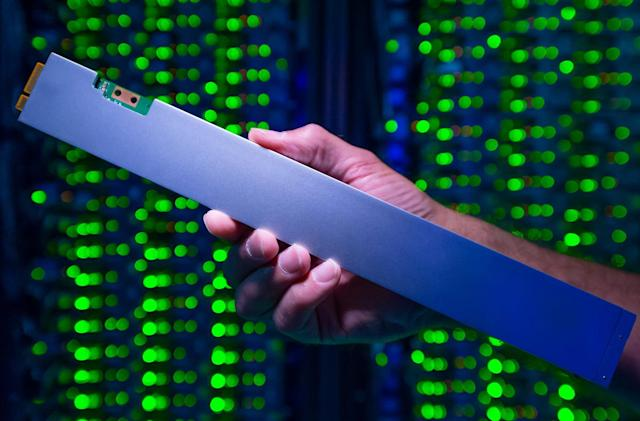 Intel's first 'ruler' SSD holds 32TB