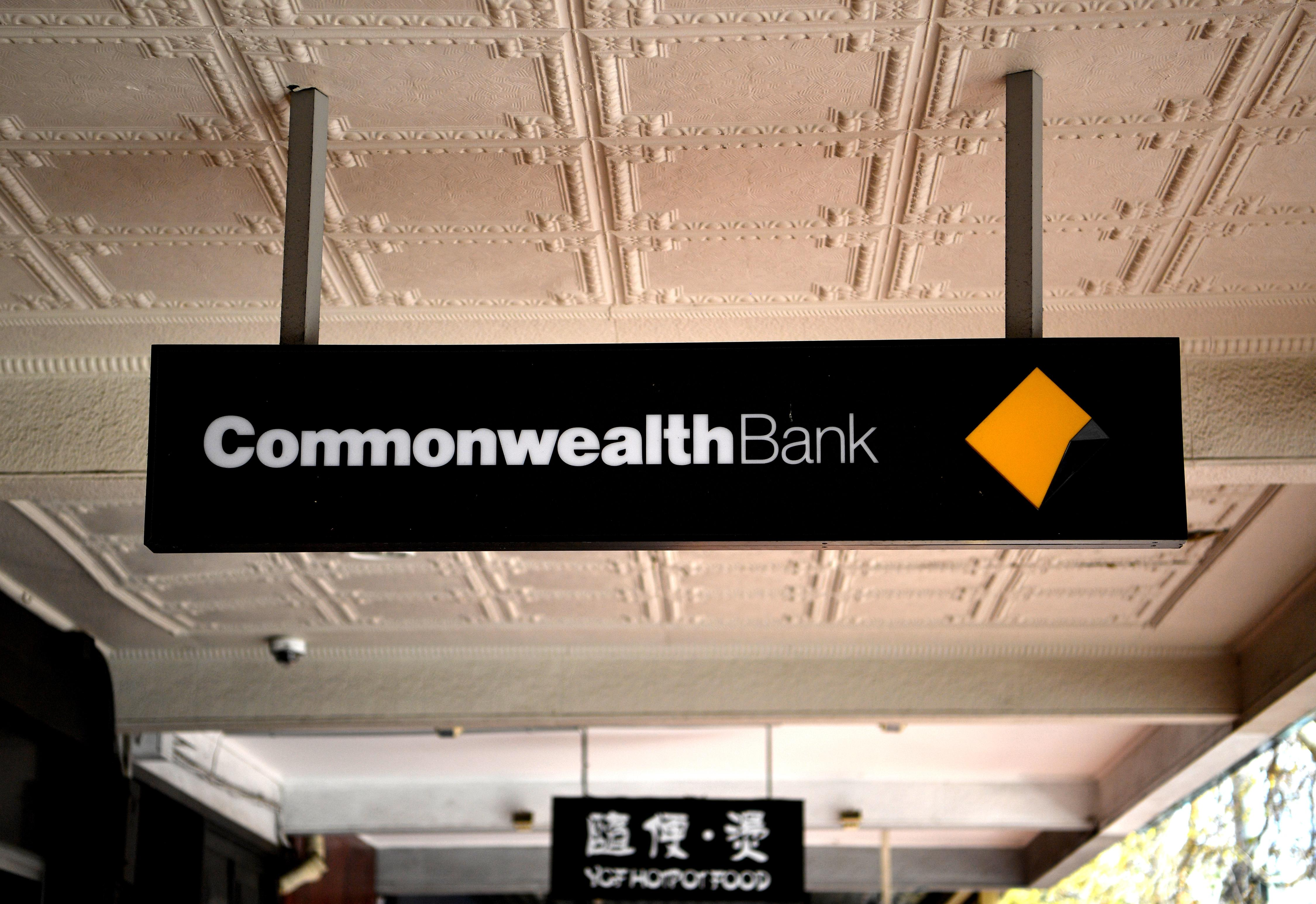 8,000 Commonwealth Bank staff to be repaid MILLIONS