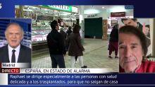 """El inesperado comentario de Raphael que sorprendió a Piqueras en 'Informativos Telecinco': """"Lo suelo hacer en pantalla"""""""