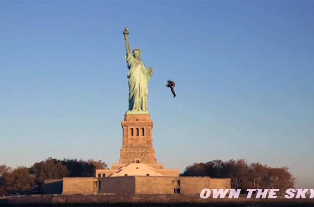 Watch a jetpack pilot fly past the Statue of Liberty for the first time