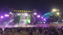 """Residentes de Wuhan defienden su derecho a festejar tras """"vencer al virus"""""""