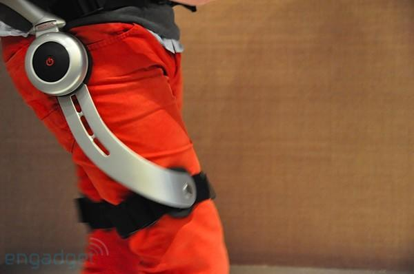 Engadget goes legs-on with Honda's walking-assist devices (with video!)