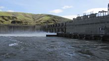 Republicans criticize spill of dam water to help salmon