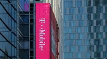 T-Mobile rolls out buyback plan after Sprint deal talks collapse
