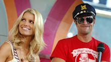 Jessica Simpson addresses forbidden romance with 'Dukes of Hazzard' co-star Johnny Knoxville in new book