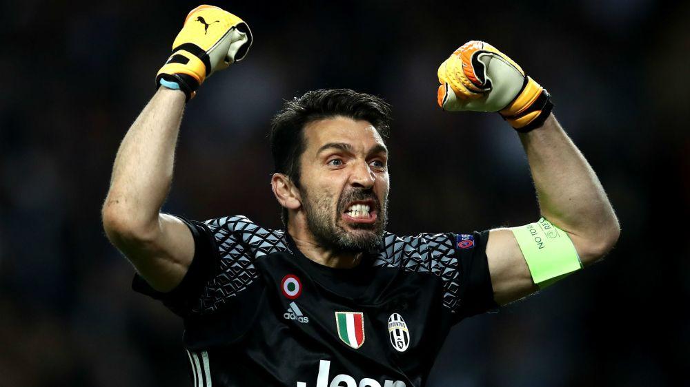 Juventus, 100ª da sogno per Buffon in Champions: 4 super parate contro il Monaco