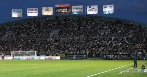 Foot - L1 - Angers - Angers : Le stade Jean-Bouin devient Raymond-Kopa