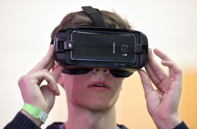 The Galaxy S10 will support Samsung Gear VR