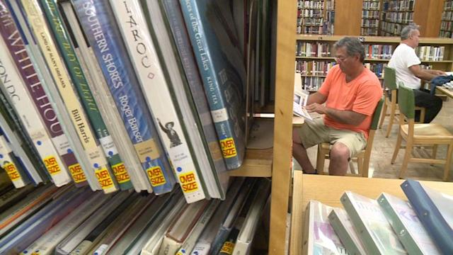 Downtown Library Closes It`s Doors