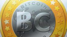 Bitcoin a 12.241 euro. Nuovo top: rendimento annuo 1.130%
