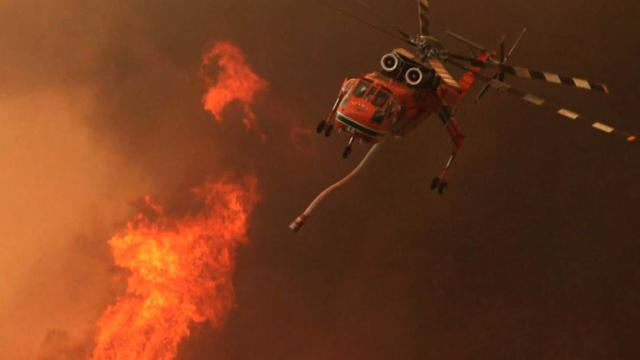 Massive wildfire chars Idaho; over 1,000 firefighters on scene