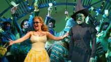 'Wicked' Witches Kristin Chenoweth and Idina Menzel Reunite for NBC Special