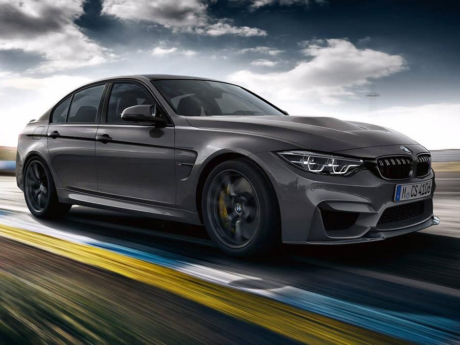 BMW M3 CS挾帶更大的動力、更輕的車重、與新的內外設計現身