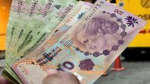Lunes de canje: para quitar pesos del mercado, el Gobierno ofrece un bono a 335 días