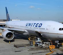 United Airlines (UAL) COO to Step Down, Focus on Cost Cuts