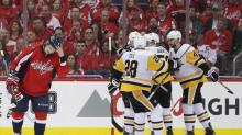 Penguins humble Capitals in Game 2, as Holtby is pulled